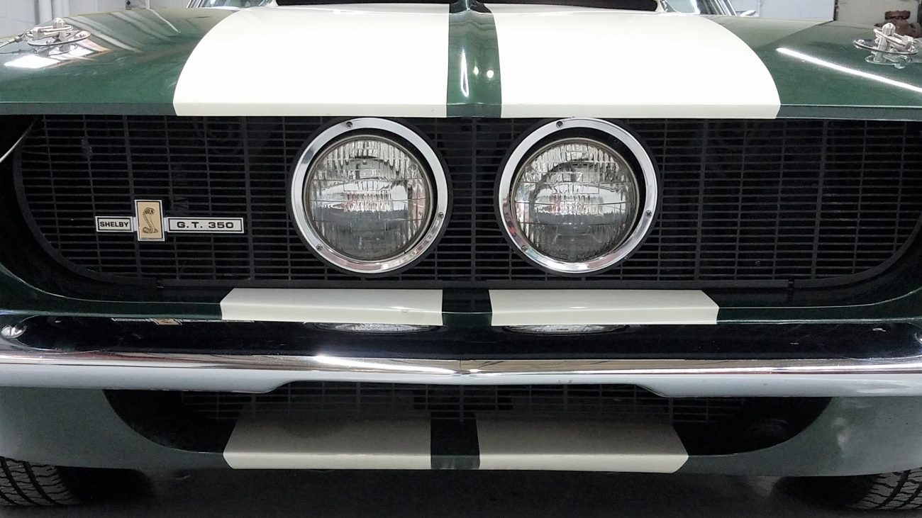 Ford Shelby GT350 Front View Zoom