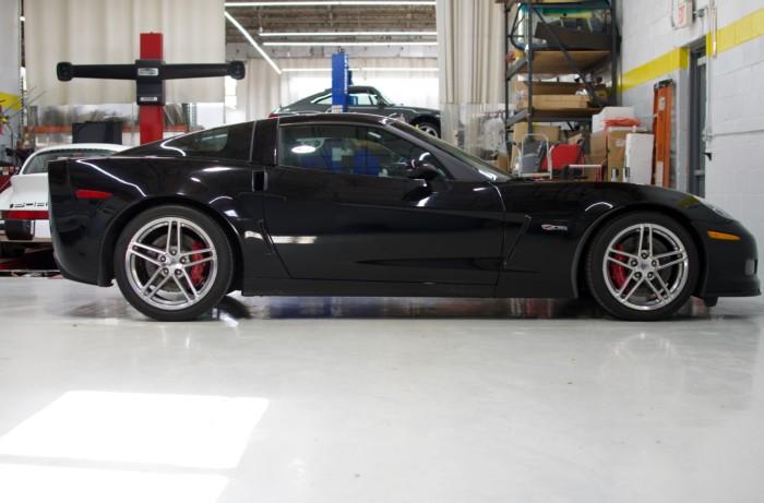 Corvette Z06 Black Side View
