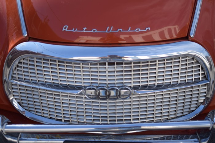Auto Union Front Grill