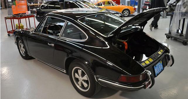Porsche Restoration Slider 1